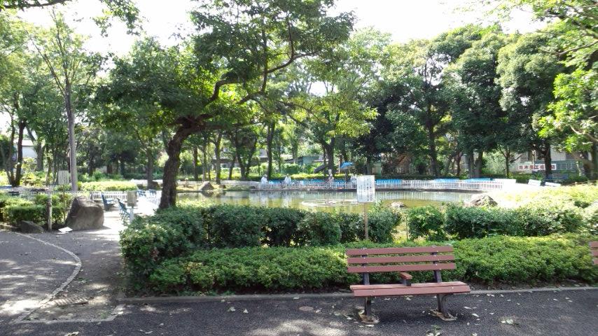 府中市立郷土の森公園 釣り堀