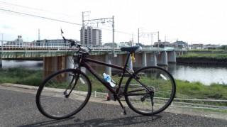 鶴見川CR 東急東横線、綱島駅付近