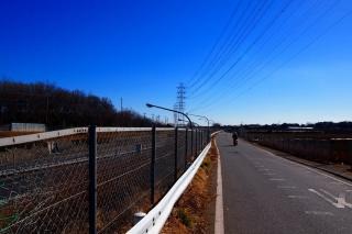 関越自動車道 側道 自転車