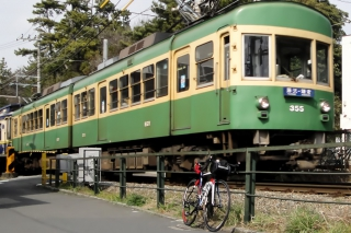 江ノ電とロードバイク