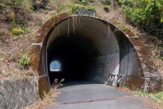 入山トンネル 入山峠