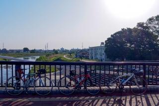 「ふれあい橋」(万願寺歩道橋)