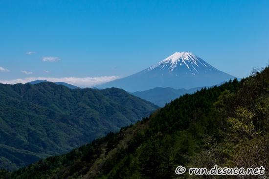 柳沢峠 富士山