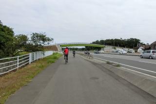 4号バイパス 自転車